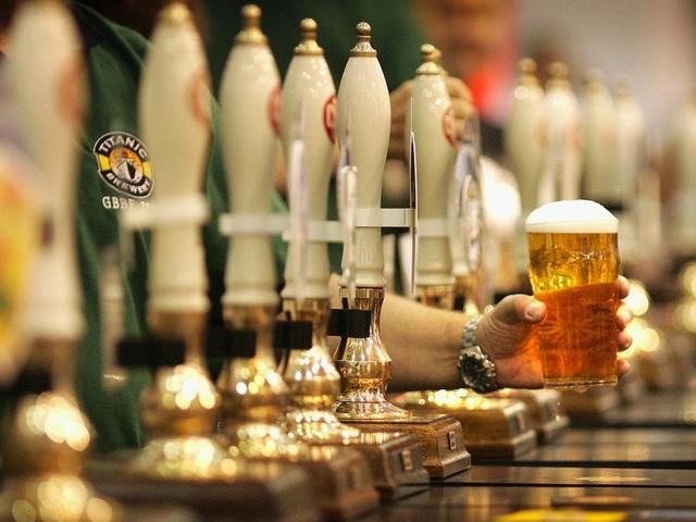 Hai Tổng thống James Garfield và Grover Cleveland chọn bia là món đồ uống ưa thích của mình.