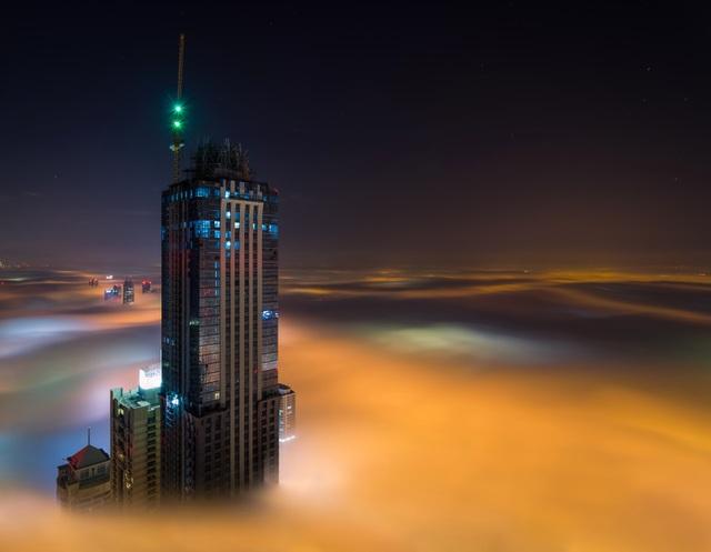 Nhiếp ảnh gia Zohaib là người dày dặn kinh nghiệm khi chụp hình về các công trình kiến trúc hay cảnh quan.