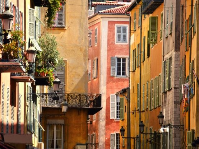 Thành phố du lịch lớn thứ 2 nước Pháp – Nice đứng vị trí thứ 9 trong Top 10 tìm kiếm.