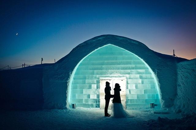 Với một lễ cưới tổ chức trong một lều tuyết ở Iceland thực sự là trải nghiệm khó quên.
