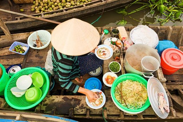 Việt Nam nằm trong top 10 điểm đến cho chuyến du lịch trăng mật giá rẻ - 1