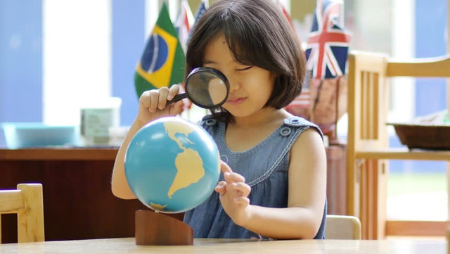 Khi trẻ luyện tập sâu, não bộ được kích thích sự phát triển của vỏ bọc sợi thần kinh myelin, giúp phát triển kỹ năng