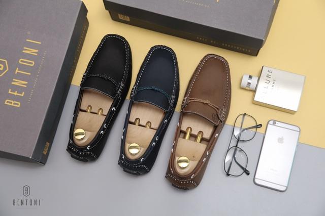 Những đôi loafer được sale đồng giá 299K (giá gốc 480K)
