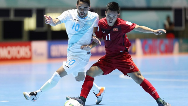 Phía đội tuyển futsal Việt Nam, Văn Vũ (11) cũng có mặt trong trận đấu 4 năm về trước