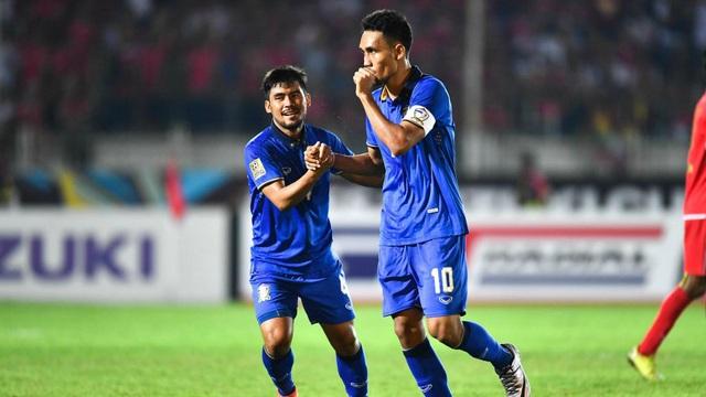Teerasil Dangda là chân sút rất quan trọng của Thái Lan, đồng thời đang dẫn đầu danh sách vua phá lưới AFF Cup 2016