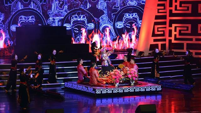 Xuân Hinh múa hầu đồng khiến khán giả choáng ngợp - 10