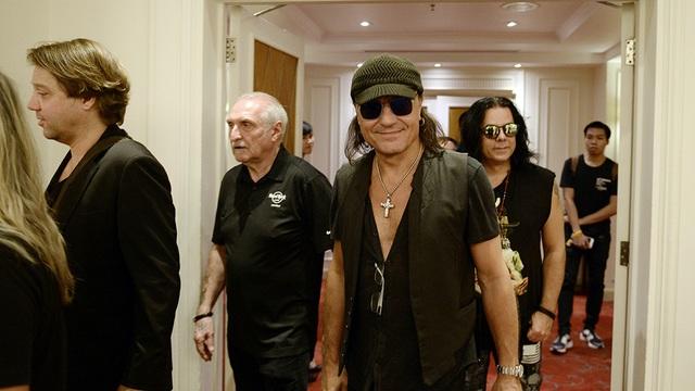 Ban nhạc rock huyền thoại Scorpions xuất hiện tại Hà Nội - 4