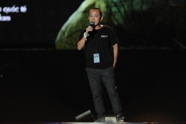 Ngay sau phần biểu diễn của Idiotape, nhạc sĩ Quốc Trung đã có một bài phát biểu ngắn cám ơn khán giả vì đã liên tục ủng hộ Monsoon trong suốt 3 năm liên tiếp!
