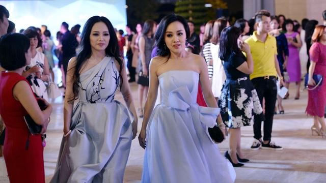 MC Quỳnh Trang và BTV Hoài Anh