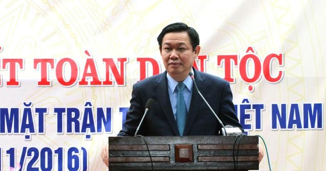 Phó Thủ tướng Vương Đình Huệ chúc mừng những kết quả mà nhân dân khối Trung Hòa đạt được trong thời gian qua, đồng thời mong muốn nhân dân tiếp tục đoàn kết, cùng nhau phát triển kinh tế.