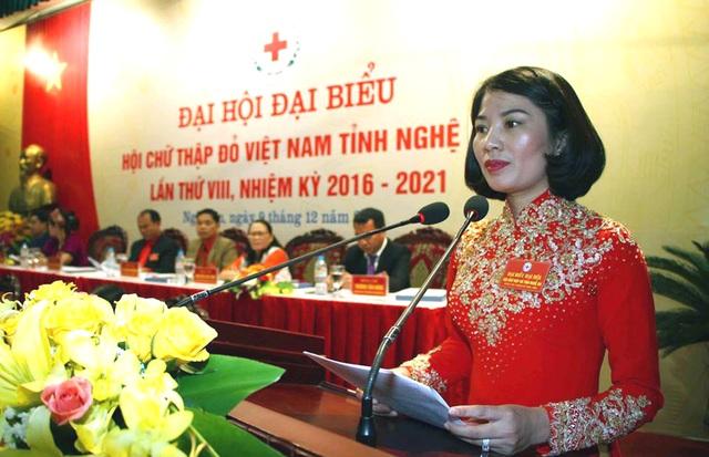 Bà Nguyễn Lương Hồng - tái đắc cử Chủ tịch Hội chữ thập đỏ Nghệ An nhiệm kỳ 2016-2021.