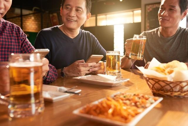 Giải pháp bảo vệ gan thận khỏi tác hại của bia rượu từ công nghệ Nhật Bản - 1
