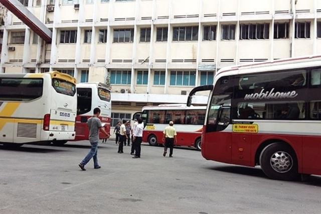 Hoạt động đón, trả khách tại bến xe lậu tại địa chỉ 419 Lê Hồng Phong (quận 10)