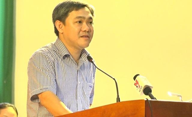 Chủ tịch UBND huyện Hóc Môn Huỳnh Văn Hồng Ngọc