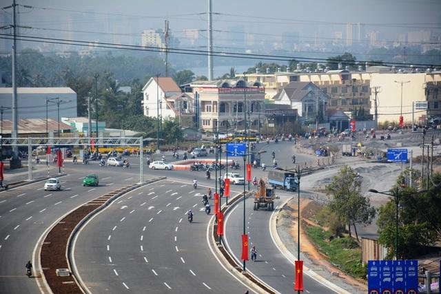 Tuyến nối đại lộ Phạm Văn Đồng với quốc lộ 1 góp phần giảm mật độ xe tập trung vào các tuyến đường xuyên tâm trong nội đô