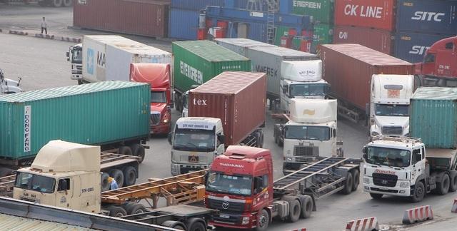 Thực hiện thủ tục thông quan qua internet góp phần giảm ùn tắc giao thông tại khu vực cảng Cát Lái