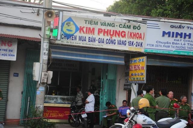 Tiệm vàng Kim Phụng bị cướp giữa ban ngày (ảnh Báo Tây Ninh)