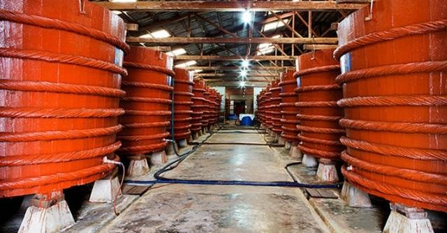 Người tiêu dùng hoang mang vì công bố của Vinastas liên quan đến hàm lượng arsen trong nước mắm.