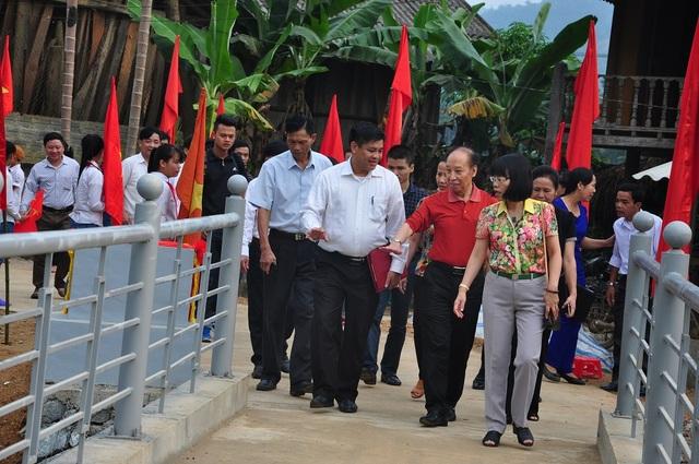 Khánh thành cầu Khuyến học và Dân trí thứ 11 tại Yên Bái - 5