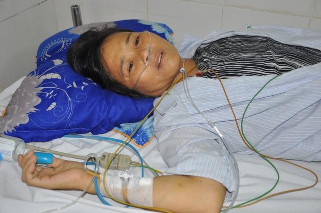 Tính mạng của chị Hòa đang bị đếm ngược từng ngày nếu như chưa được phẫu thuật.