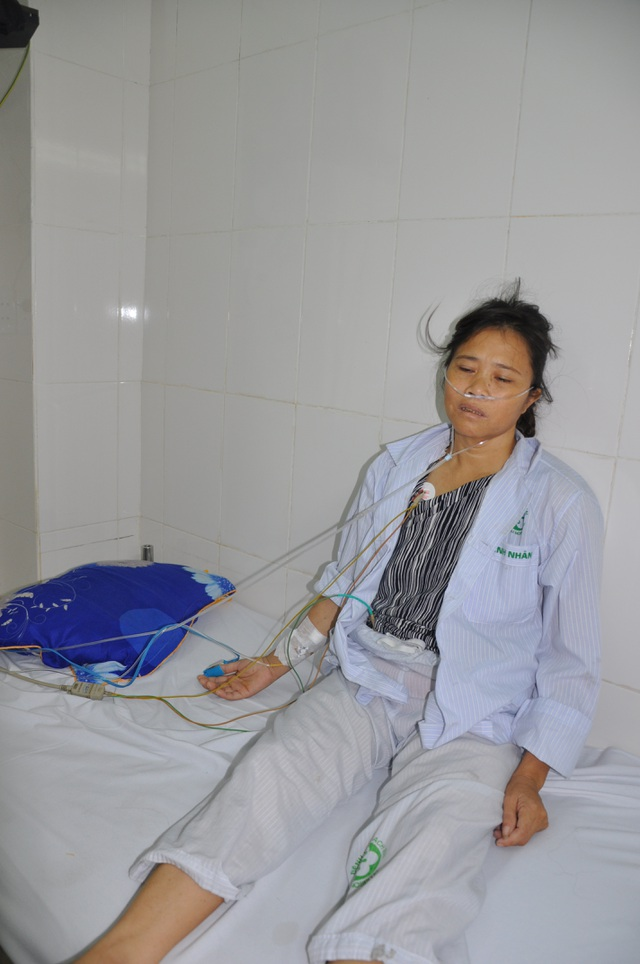 Bác sĩ cho biết trong tim chị còn có cục sùi, đó là ổ nhiễm trùng nguy hiểm cho tính mạng của chị.