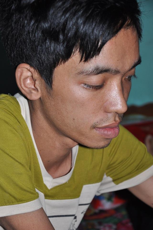 Tùng bị ung thư trung thất đã mấy năm và 1 vài lần được lên bệnh viện Bạch Mai xạ trị.