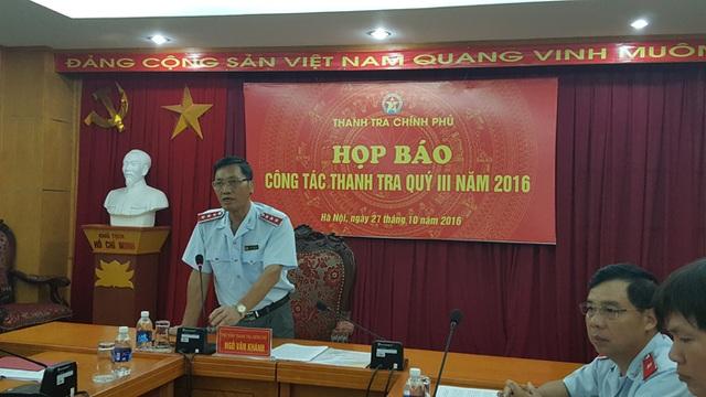 Phó Tổng Thanh tra Chính phủ Ngô Văn Khánh chủ trì cuộc họp báo thường kỳ sáng 27/10 (Ảnh: Thế Kha)