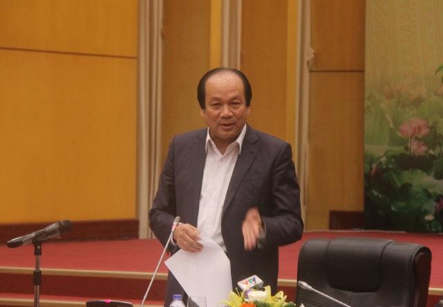 Bộ trưởng, Chủ nhiệm Văn phòng Chính phủ Mai Tiến Dũng phát biểu tại cuộc họp sáng 21/12 (Ảnh: T.K)
