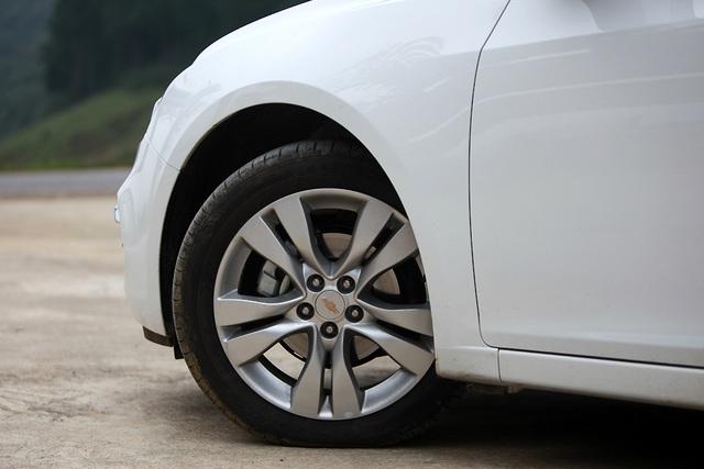 Chevrolet Cruze - Cú hích của GM - 8