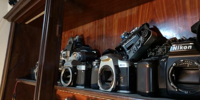 Nghệ nhân 4 đời sửa máy ảnh ở Hà Nội trải lòng về nghề xoay vặn - 7