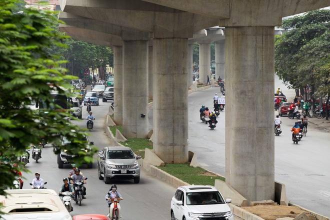 Metro Nhổn - ga Hà Nội thành hình đường trên cao xuyên qua phố phường Thủ đô - 8