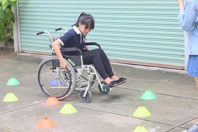 """Chung tay """"vẽ"""" bản đồ cho người khuyết tật bước ra xã hội! - 21"""
