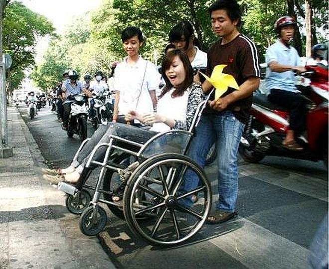 """Chung tay """"vẽ"""" bản đồ cho người khuyết tật bước ra xã hội! - 24"""