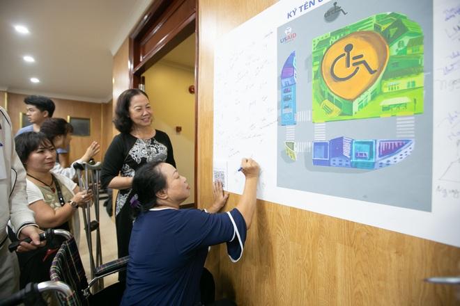 """Chung tay """"vẽ"""" bản đồ cho người khuyết tật bước ra xã hội! - 18"""