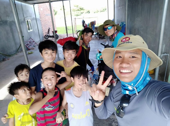 Hành trình xuyên Việt trong 48 ngày của thầy giáo Sài Gòn với 500 nghìn đồng - 15