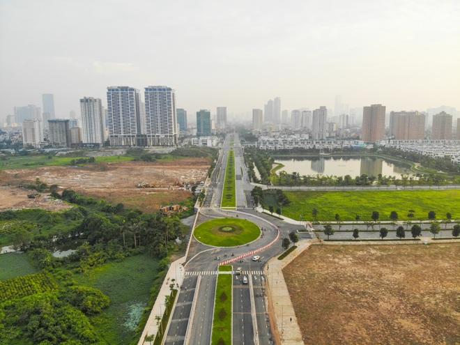 Toàn cảnh tuyến đường 8 làn kết nối 3 quận ở Hà Nội - 1