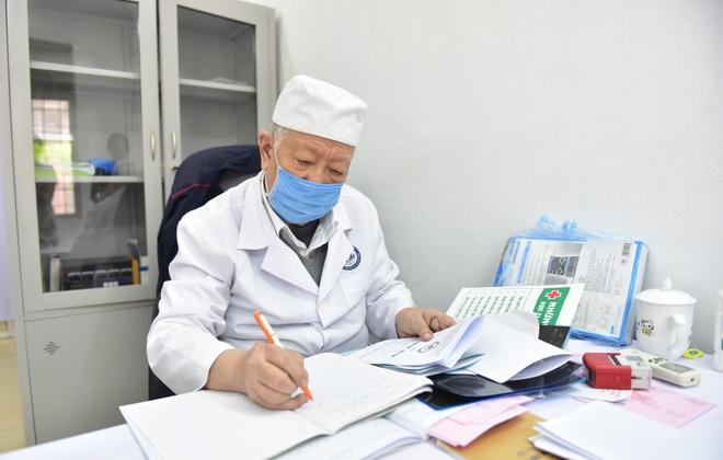 Câu chuyện đặc biệt về GS.TS Lê Đức Hinh - Niềm tự hào của y khoa Việt Nam - 1