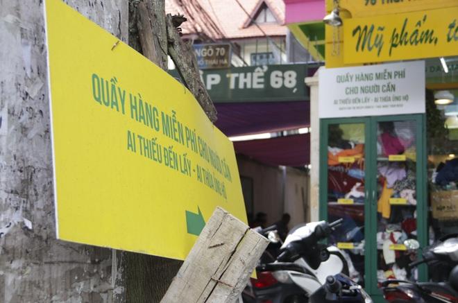 Hà Nội: Xuất hiện nhiều tủ quần áo 0 đồng dành cho người nghèo - 13