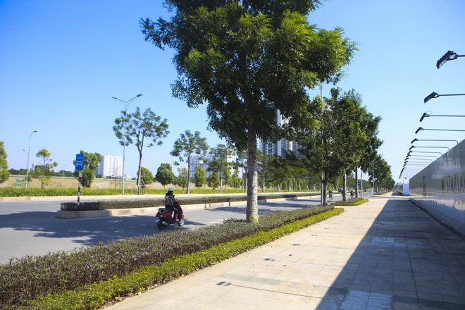 Ngắm tuyến đường 10 làn xe chưa được đặt tên tại Hà Nội - 6
