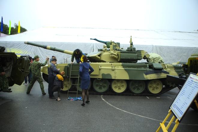 Hàng loạt vũ khí tối tân được Bộ Quốc phòng trưng bày tại Thái Nguyên - 3