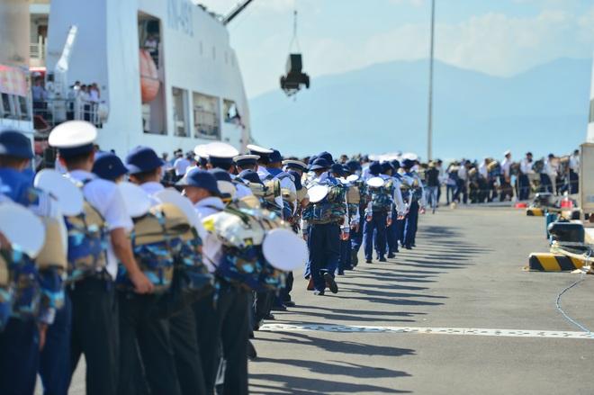 Xúc động lễ tiễn quân ra quần đảo Trường Sa làm nhiệm vụ - 11
