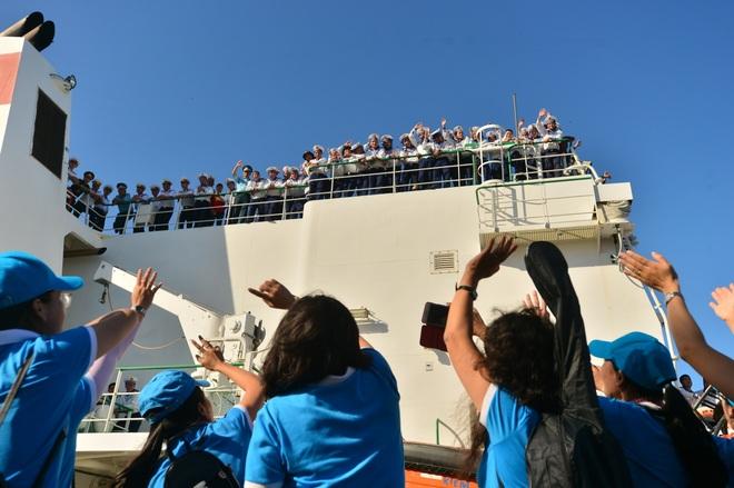 Xúc động lễ tiễn quân ra quần đảo Trường Sa làm nhiệm vụ - 16