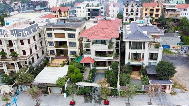 Mãn nhãn với loạt biệt thự xanh tại phố nhà giàu  ven biển Hạ Long - 9