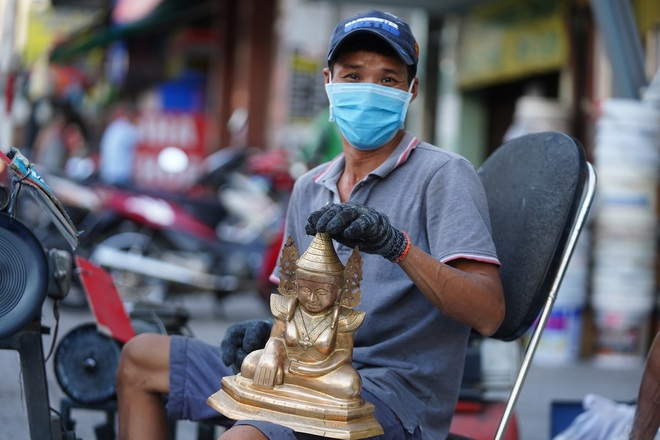 Đệ nhất cao thủ đánh bóng lư đồng Sài Gòn - 10