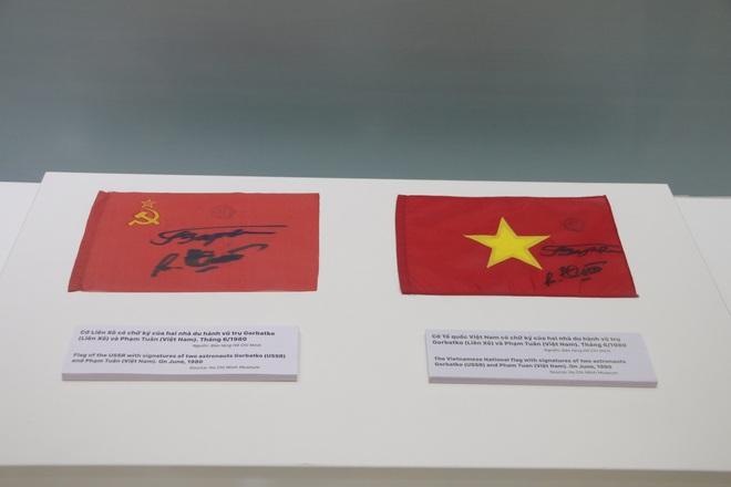 Tự hào 90 năm Đảng Cộng sản Việt Nam - một chặng đường vẻ vang - 30