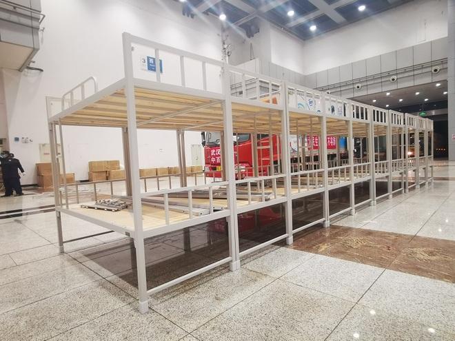 Trung Quốc biến nhà thi đấu, trung tâm hội nghị thành bệnh viện dã chiến - 10