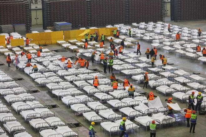 Trung Quốc biến nhà thi đấu, trung tâm hội nghị thành bệnh viện dã chiến - 13