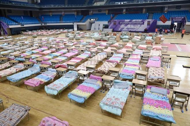Trung Quốc biến nhà thi đấu, trung tâm hội nghị thành bệnh viện dã chiến - 14