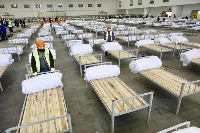 Trung Quốc biến nhà thi đấu, trung tâm hội nghị thành bệnh viện dã chiến - 15