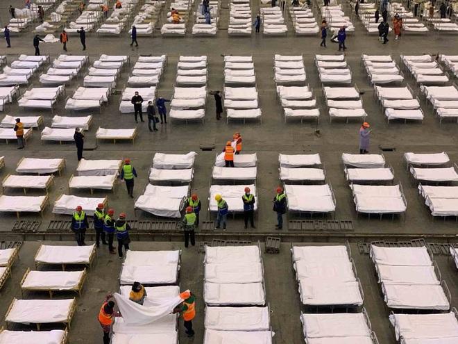 Trung Quốc biến nhà thi đấu, trung tâm hội nghị thành bệnh viện dã chiến - 4